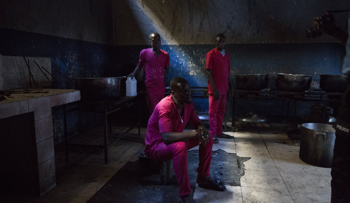 For Ms. Keita, prison conditions are « unbereable » not only for inmates, but also for those who work in the facilities. © Leonora Baumann / UN / MINUJUSTH, 2018.