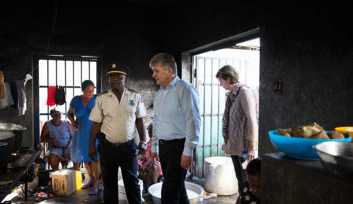 High-level mission discusses future of UN presence in Haiti