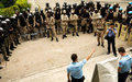 En Haïti, le professionnalisme des officiers de police doit être amélioré et leur nombre augmenté
